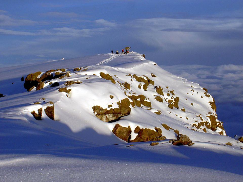 Photos of Uhuru Peak 1/8 by Sameer