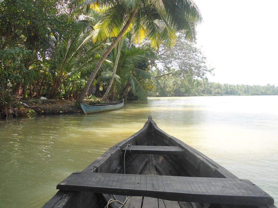 Photos of Solo at Munroe Island - a quiet backwater getaway 1/1 by Sreedevi Jeevan