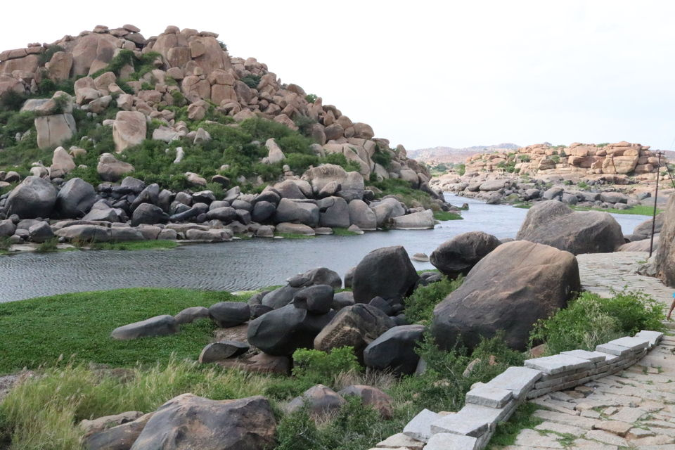 Photos of Rediscovering structure in the ruins of Hampi 1/1 by Subhangkar Das