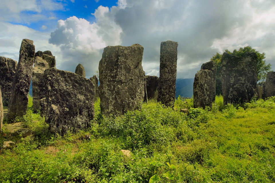 Photos of Monoliths - Willong Khullen 1/1 by Sugato