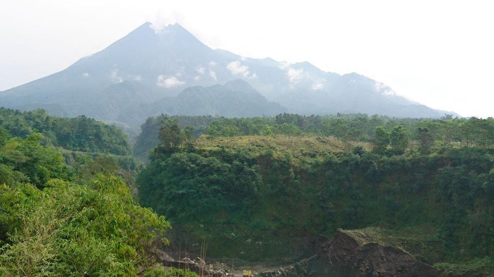 Photos of Mount Merapi, Active Volcano. Last devastating eruption Nov 2010 1/1 by Dianne Goh