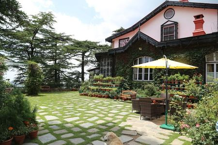 Photo of This Royal Retreat Nestled In The Hills Of Shimla Is An Ideal Weekend Getaway