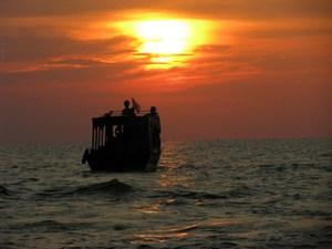 Sunset by Tonle Sap Lake, Siem Reap, Cambodia. A photo walk.