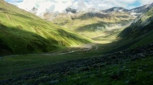 Bhabha Pass 1/2 by Tripoto