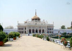 Juma Masjid 1/1 by Tripoto