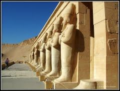 Mortuary Temple of Hatshepsut 1/5 by Tripoto