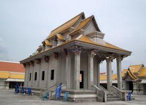 Wat Pariwat Yan Nawa Bangkok Thailand 1/1 by Tripoto