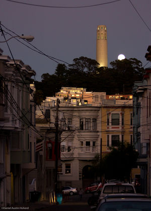 Coit Tower 1/2 by Tripoto
