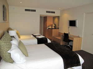 Crowne Plaza Queenstown 1/2 by Tripoto