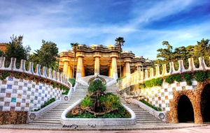 Park Guell 1/22 by Tripoto