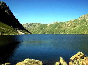 Tarsar Lake 1/2 by Tripoto