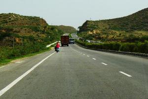 Delhi Jaipur Road 1/1 by Tripoto