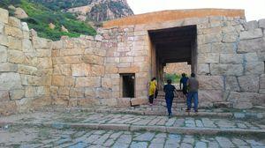 Forgotten fort – Sankagiri, Salem