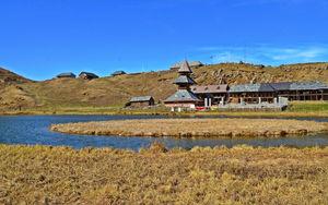 Floating Island Prashar Lake