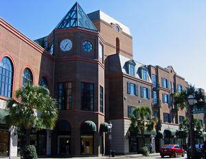 Charleston Place 1/1 by Tripoto
