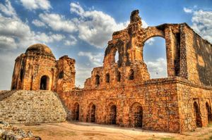 8 Not So Famous Yet Beautiful Historical Places Of Delhi Which Even Most Of The Delhiites Don't know