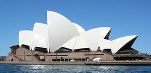 Sydney Opera House 1/10 by Tripoto