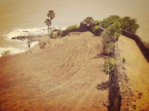 Hidden beaches around Mumbai