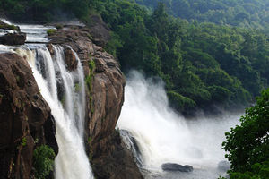 10 Salient Waterfalls Around Bangalore