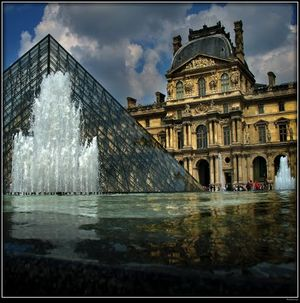 Musee du Louvre 1/57 by Tripoto
