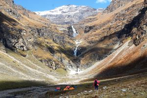 A Slice of Heaven: My Autumn Trek to Rupin Pass