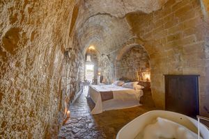 5 breath-taking Cave Hotels in and around Europe