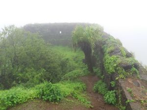 Ghangad Fort - A monsoon bliss