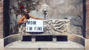 This Traveller's Message To His Mom From Around The World Made Him An Instagram Celebrity