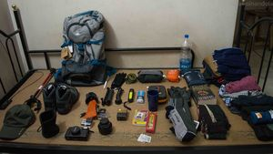 To Sarpass with a backpack and a pole (Part 1) Reaching Kasol