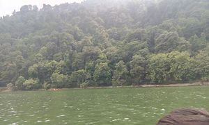Serene beauty of Lake between mountains: Nainital