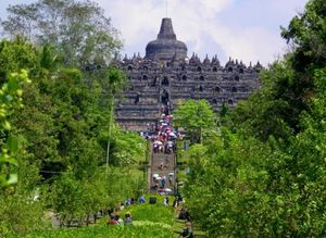 Borobudur – The world's biggest Buddhist monument