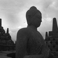 Borobudur Temple 2/11 by Tripoto