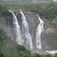 Shivasamudram Falls 5/28 by Tripoto