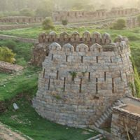 Tughluqabad Fort 3/5 by Tripoto