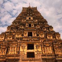 Virupaksha Temple 2/114 by Tripoto