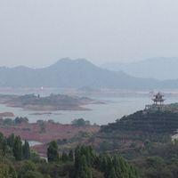 Qiandao Lake 2/14 by Tripoto
